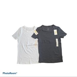 2 A New Day Short Sleeves Tshirts S